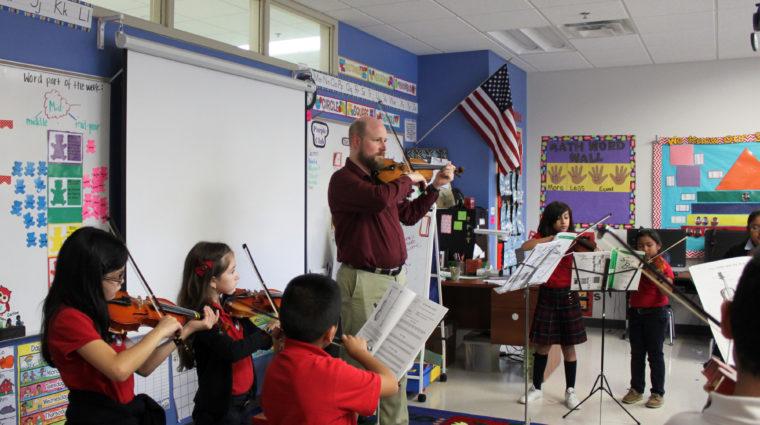 Violinist teaching